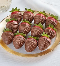Berrylicious Milk Chocolate Strawberries
