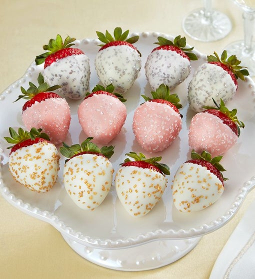 Champagne Chocolate-Covered Strawberries – 12 Count